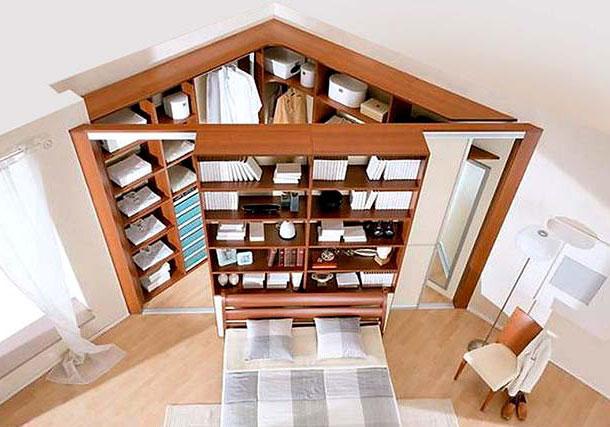 Стильная угловая гардеробная для небольших квартир